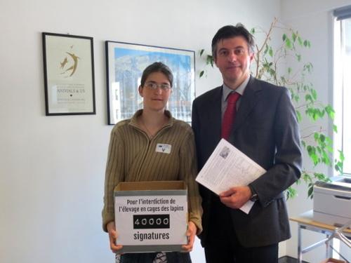 Remise des pétitions DG SANCO